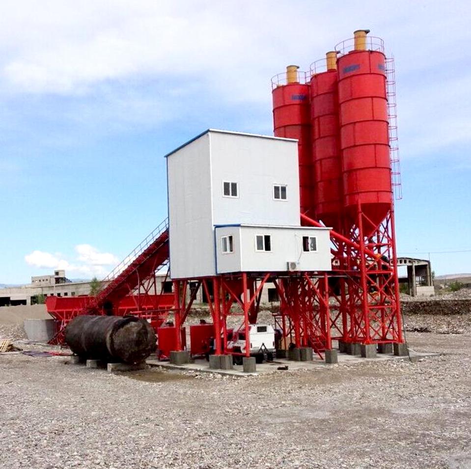 HLS180混凝土搅拌站